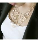 Ожерелье Цветы камелии